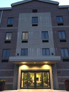 hotel%20entrance
